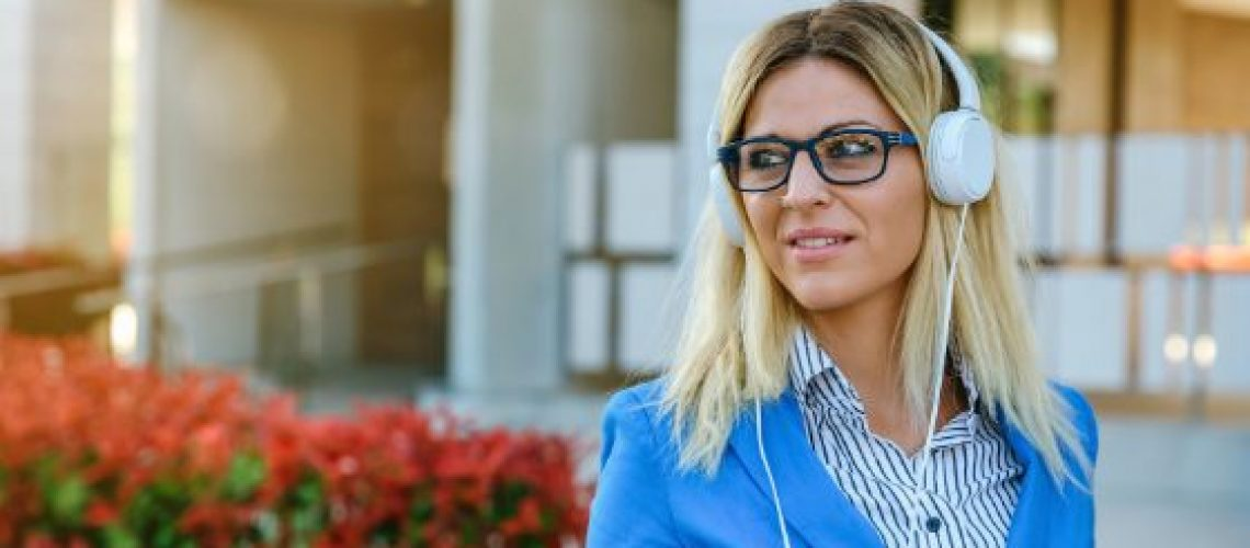 The 10 Best Podcasts for the Working Mompreneur Hero